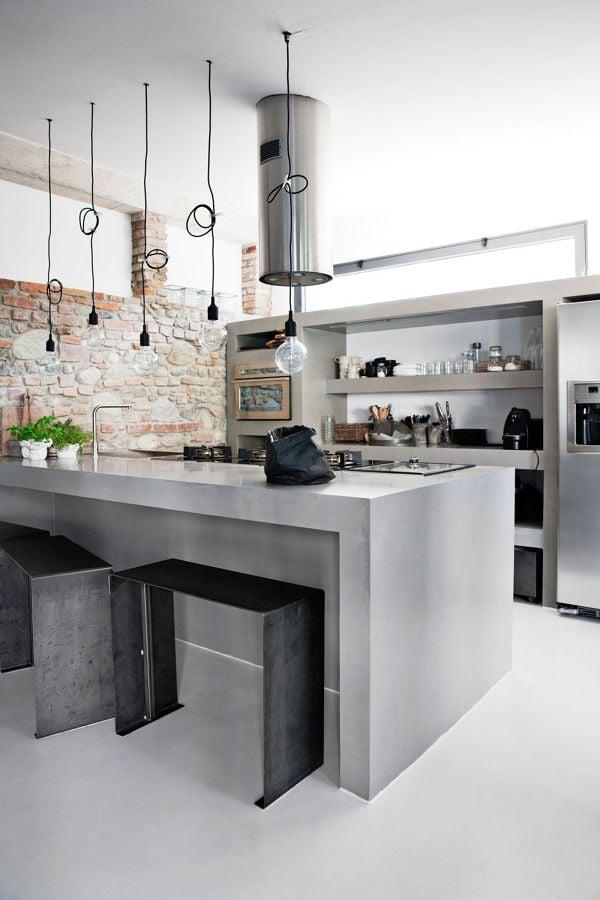 Cocina moderna con mobiliario microcemento