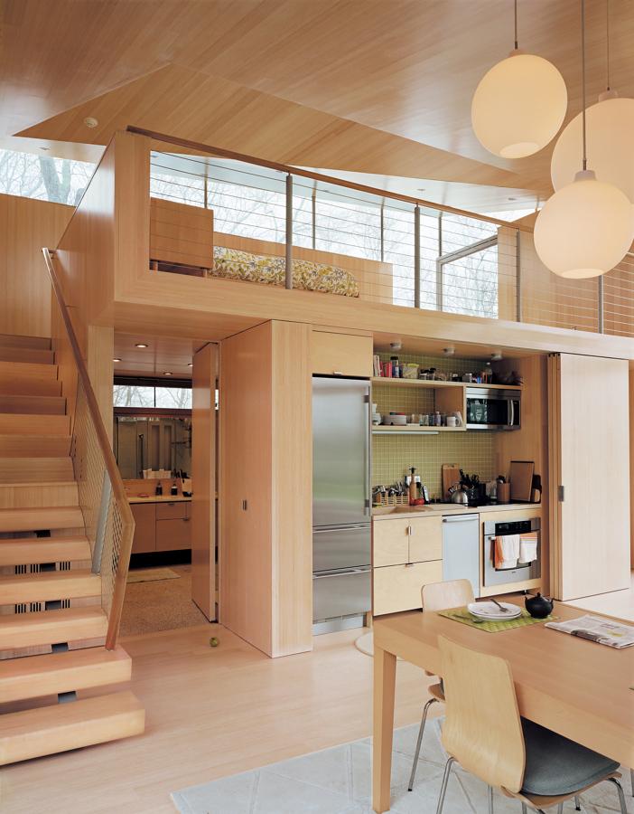 Foto cocina oculta con puertas plegables de elenatorrente for Puertas de cocina rusticas
