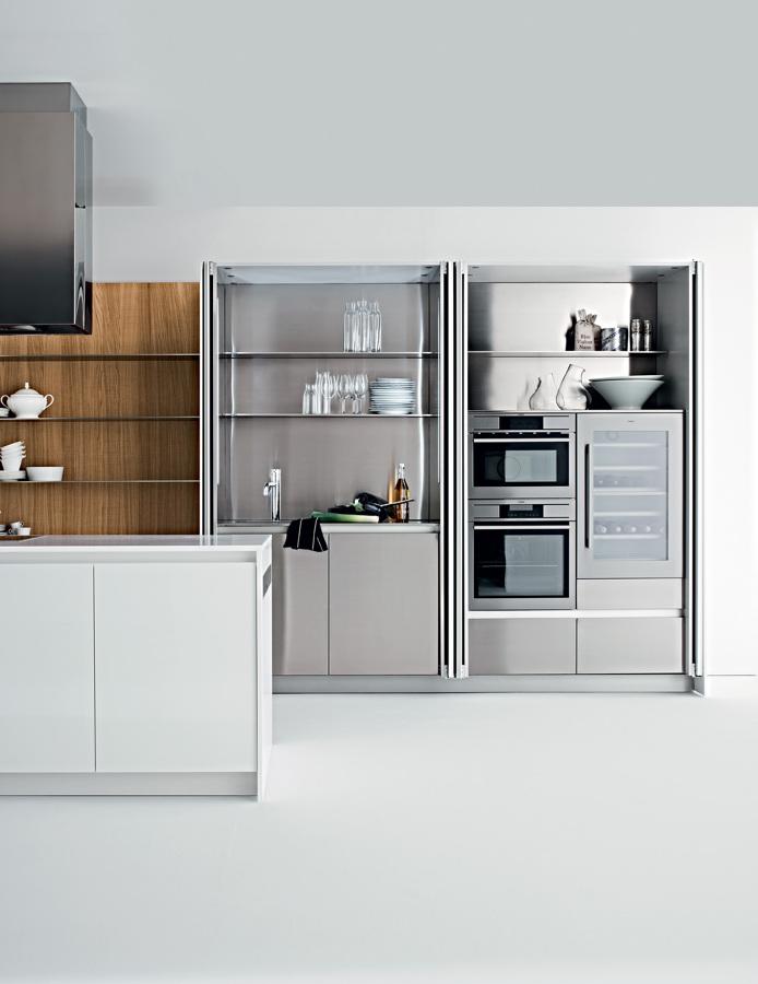 Cocinas ocultas espacios multifuncionales ideas decoradores for Cocinas de acero inoxidable para restaurantes