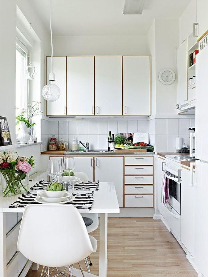 7 consejos para sobrevivir en una cocina peque a ideas - Television en la cocina ...