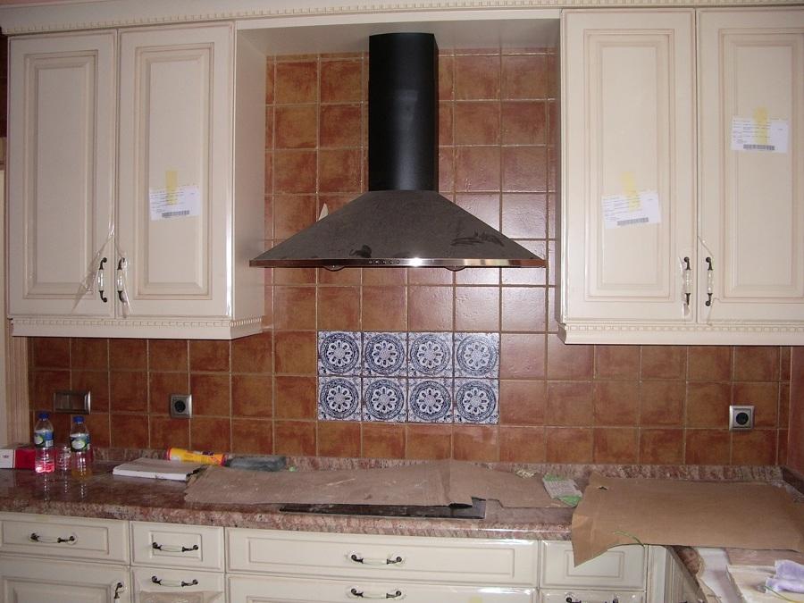 Cocina principal rústica