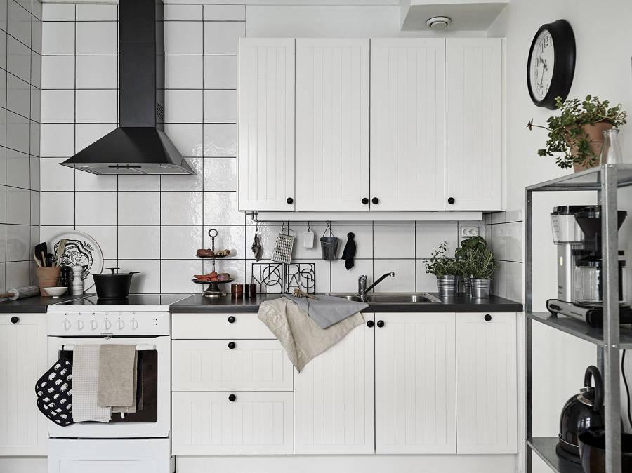 9 cocinas low cost que te inspirar n a cambiar la tuya for Cocinas low cost