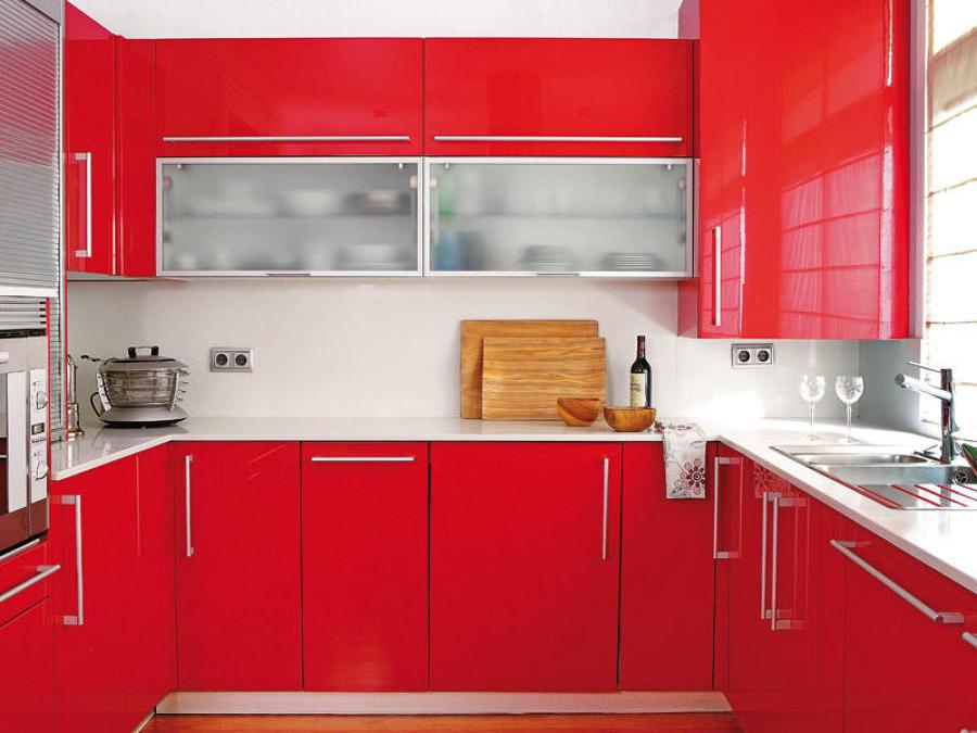 Foto cocina roja de miriam mart 903078 habitissimo for Cocina blanca encimera roja