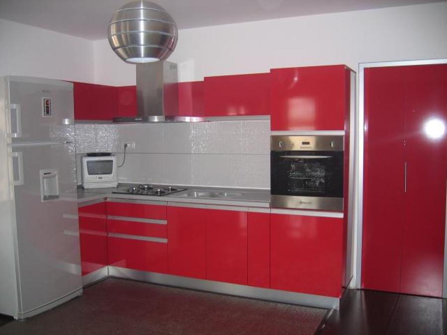 Cocina roja movil