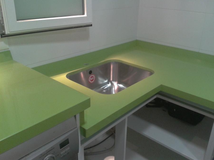 Cocina Silestone Verde Fun