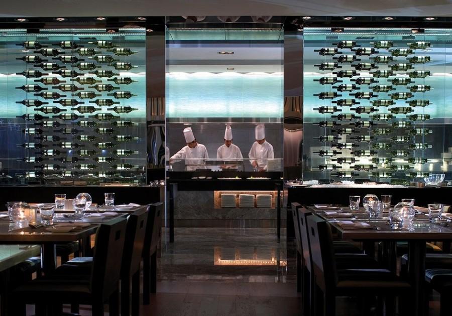 Cocina-vista desde comedor The Mira Hong Kong