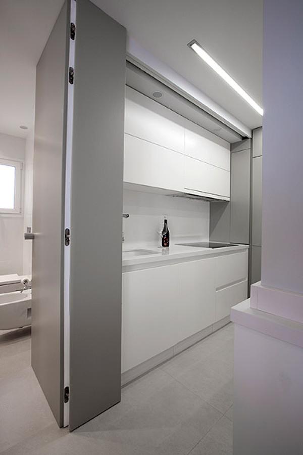 cocina y baño blanco