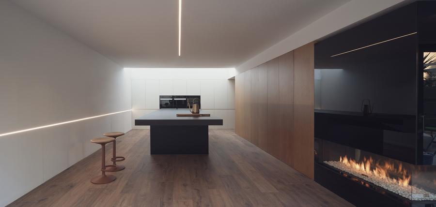 Cocina y chimenea