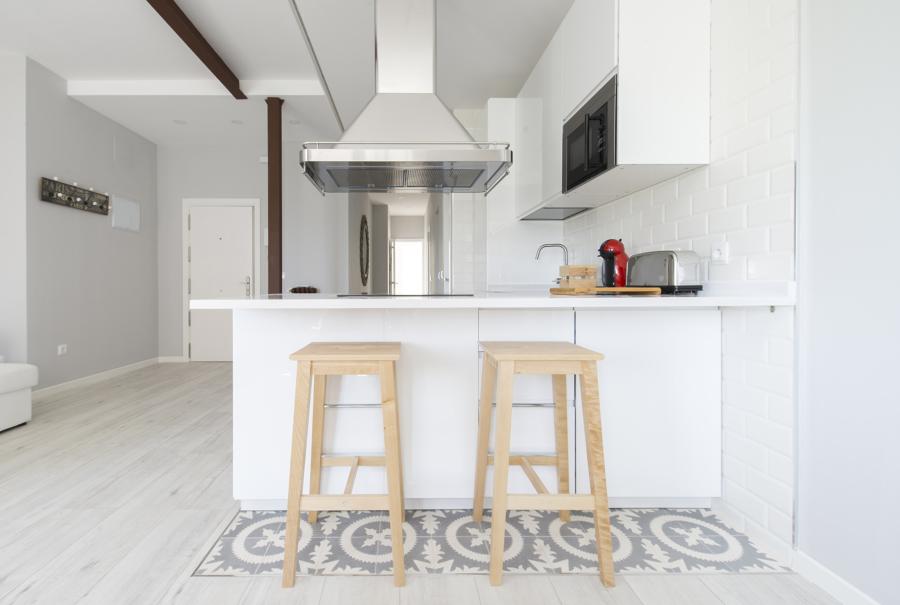 Cocina y vestíbulo entrada