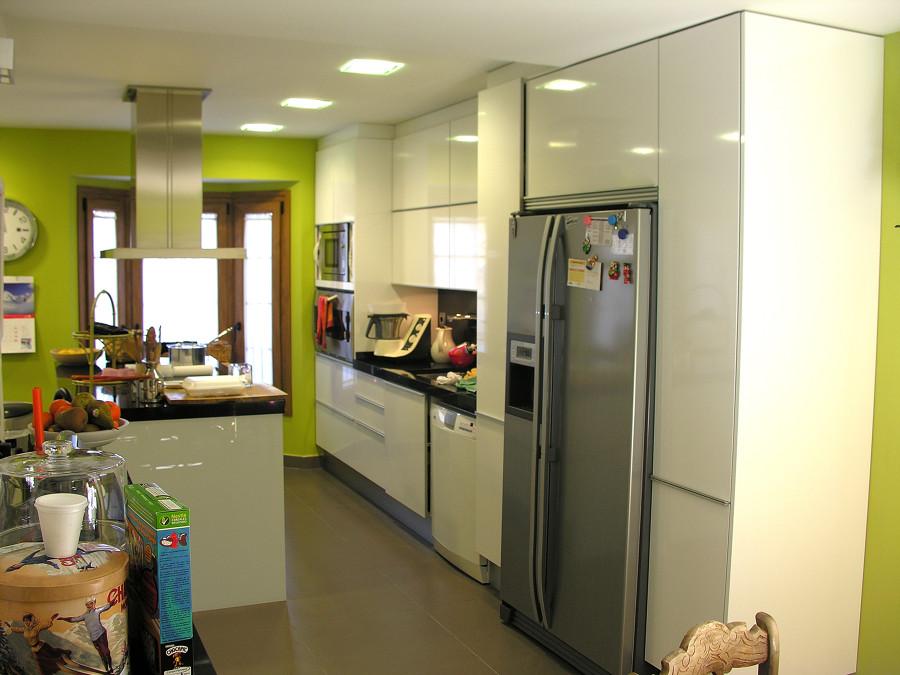 Adosado en majadahonda ideas reformas viviendas for Amueblamiento de cocinas