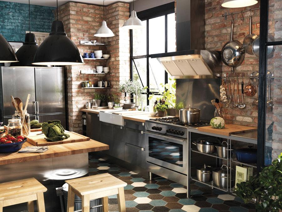 Consigue una cocina de estilo industrial siguiendo estos 6 for Cocinas industriale