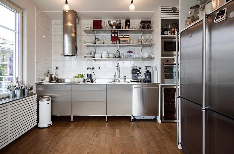 Consigue una cocina de estilo industrial siguiendo estos 6 for Mesa de cocina industrial