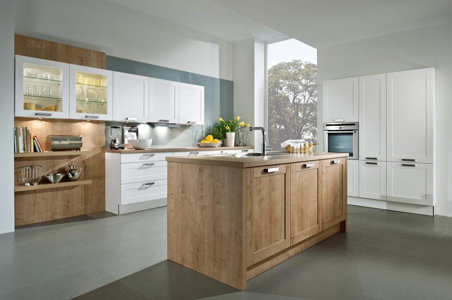 Foto integrar electrodom sticos en la cocina de lorena for Donde poner la heladera en la cocina