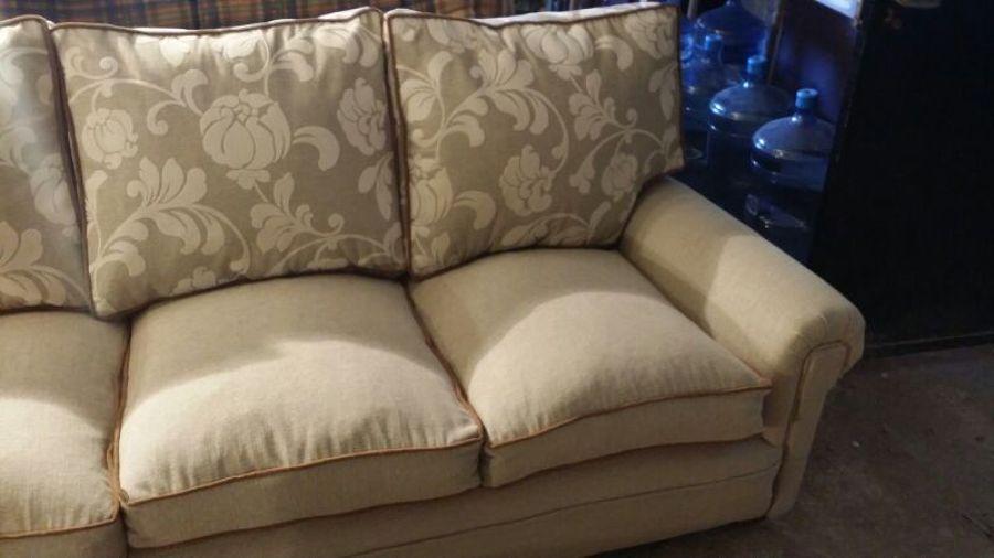 Foto colecci n r stica de tapiceros nuovo divano 981467 - Tapiceros valladolid ...