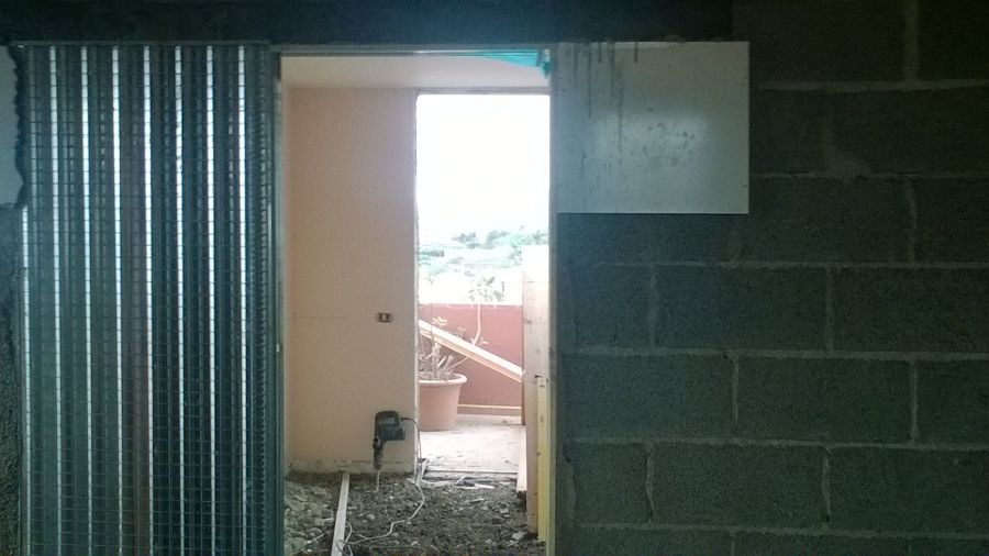 Puerta corredera oculta tabique elegant puerta corredera - Puertas correderas empotradas en tabique ...