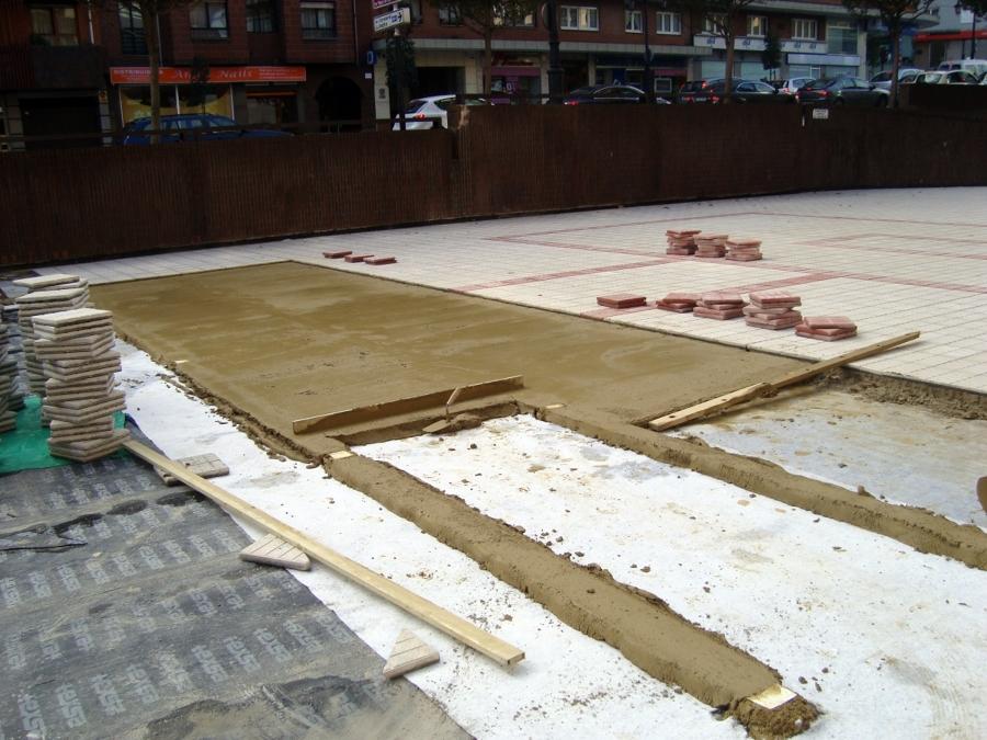 Foto colocaci n de baldosa hidr ulica de construcciones - Baldosas de hormigon para exterior ...