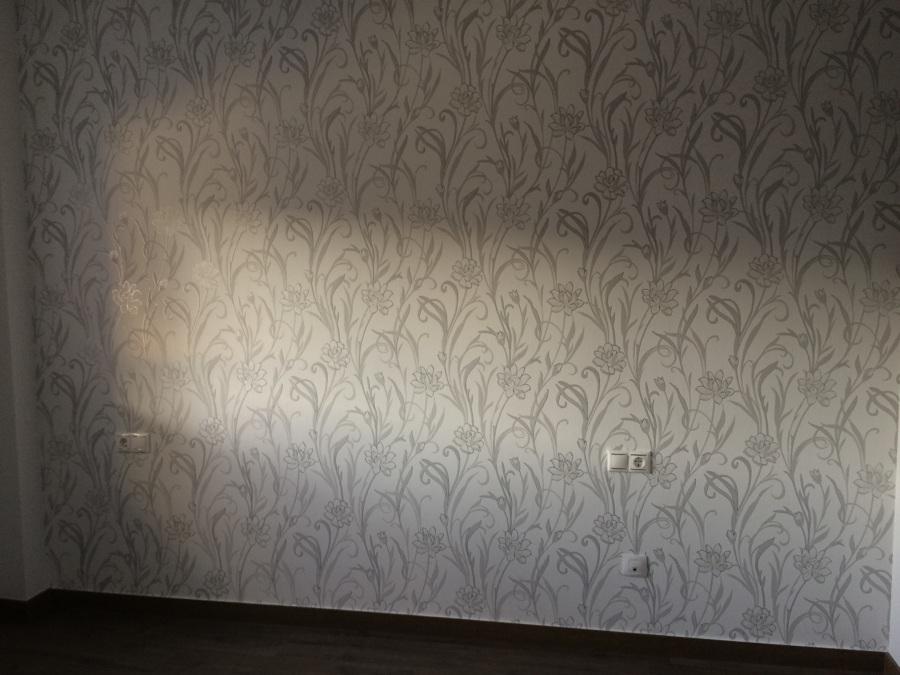 Foto colocaci n de papel pintado de decor vall s 2000 s l for Papel pintado tenerife