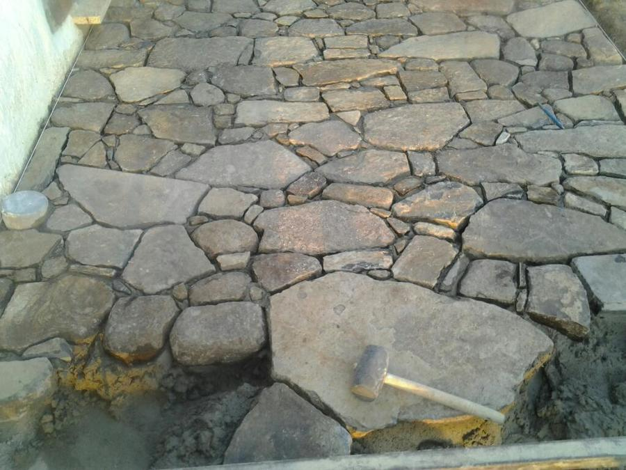 Colocaci n de piedra natural gerona ideas reformas viviendas - Colocacion piedra natural ...