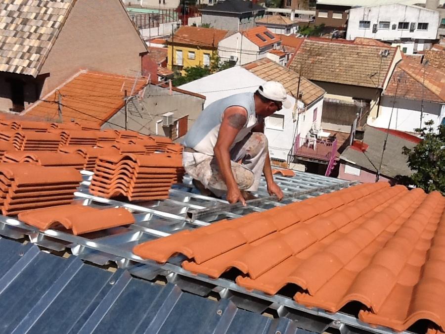 Aislar y proteger cubierta en pozuelo de alarcon ideas for Clases de tejas y precios