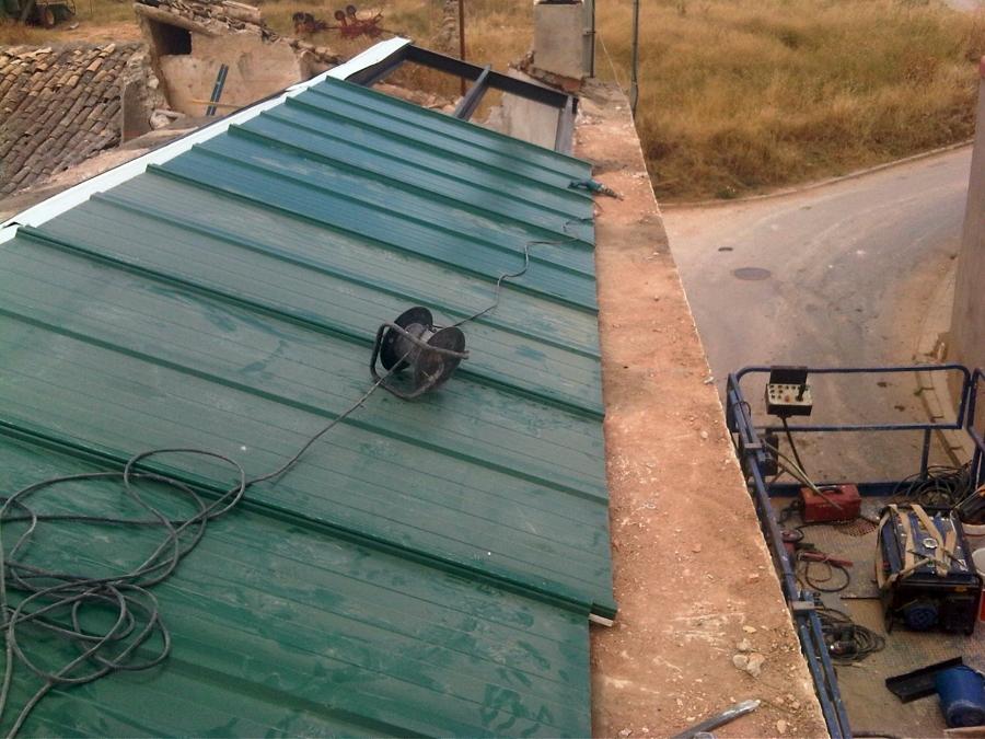Rehabilitaci n integral de tejado proyectos tejados for Tejados de madera y canizo