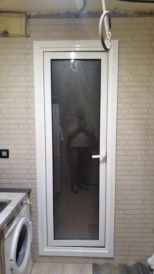 Colocación puerta aluminio