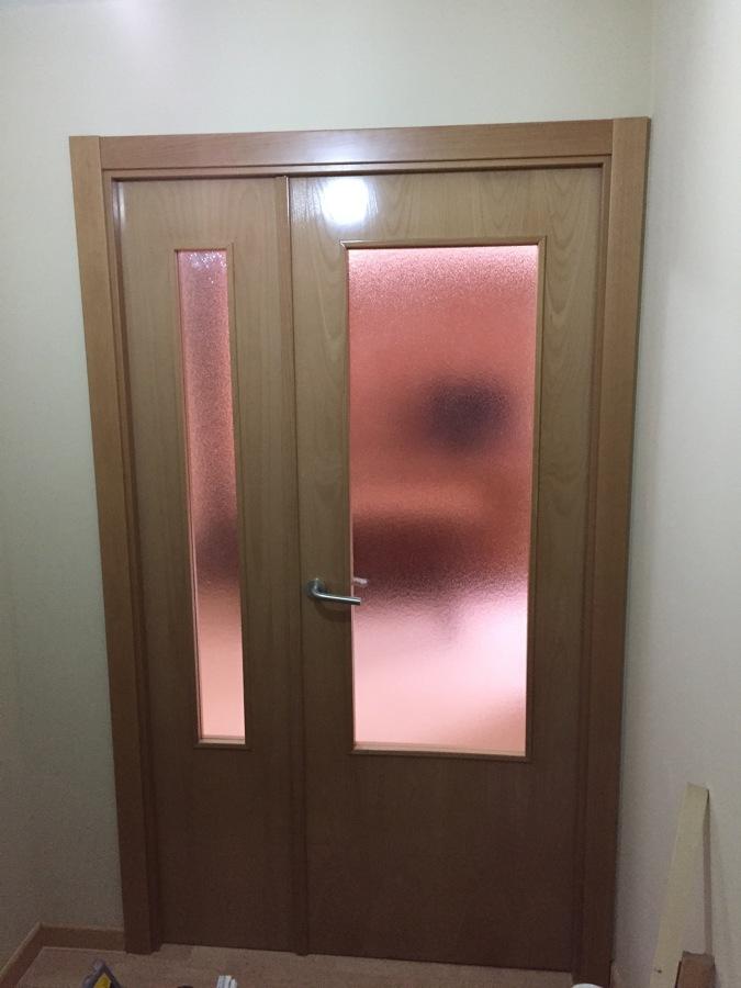 Colocaci n de una puerta de paso para independizar entrada - Puerta entrada piso ...