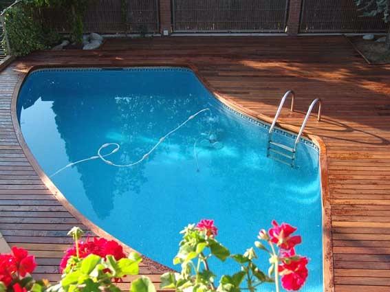 Colocación tarima exterior Ipe zona piscina