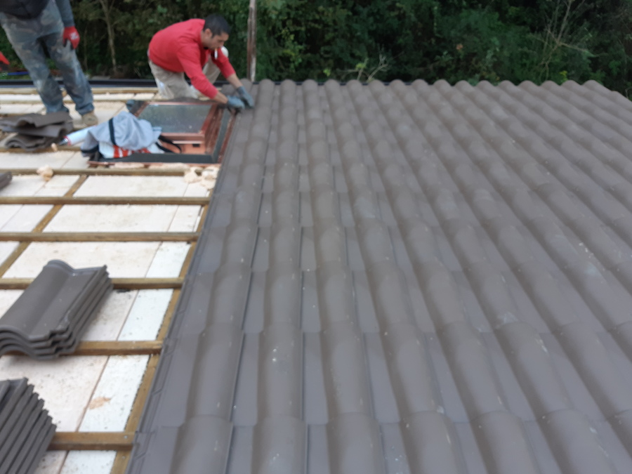 Colocando la teja