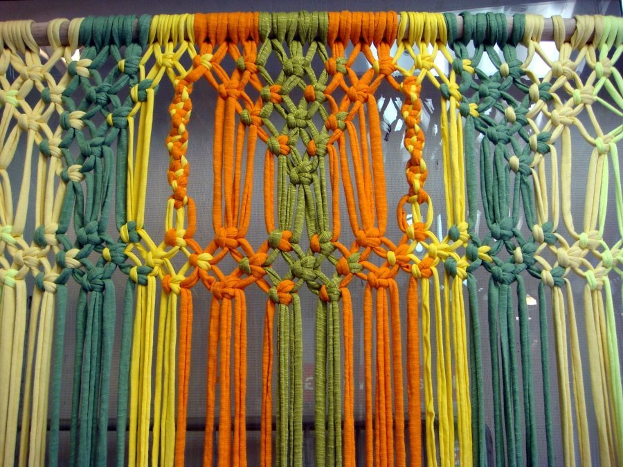 Tejer ya no es cosa de abuelas elabora tu propia cortina - Como hacer cortinas de tiras ...