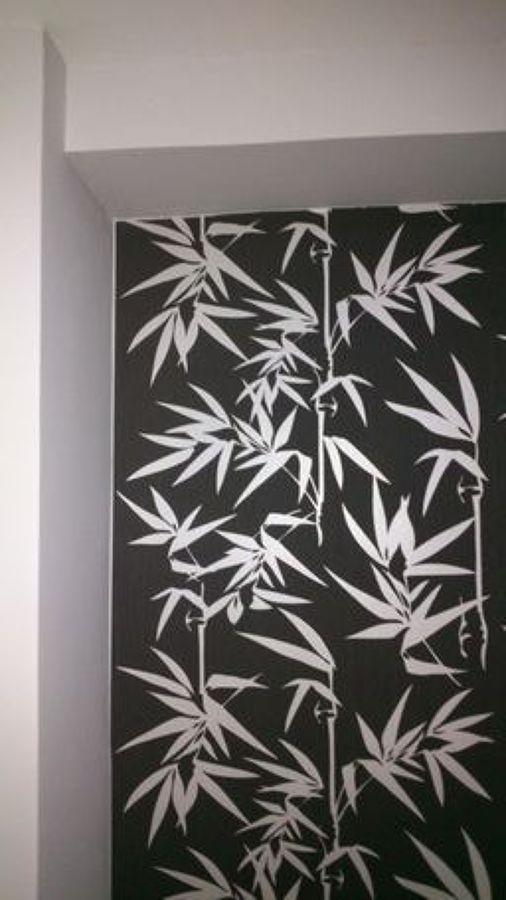 Foto combinaci n de papel pintado con paredes en color - Papel pintado vigo ...