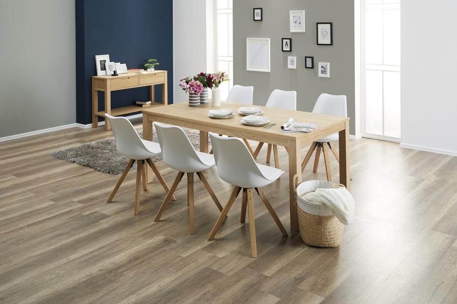 Comedor con mesa, silla y aparador de JYSK