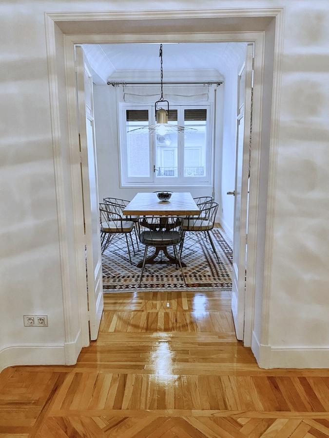 Comedor y entrada del piso