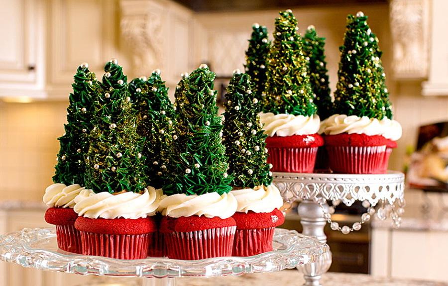 árbol de navidad hecho con magdalenas