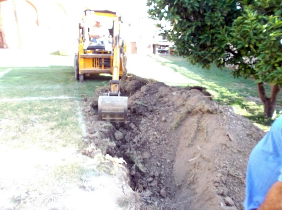 Excavaci n para la construcci n de una piscina ideas for Piscina 10x4 precio