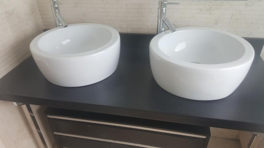 Pintado de encimera de 2 senos y montaje de lavabos