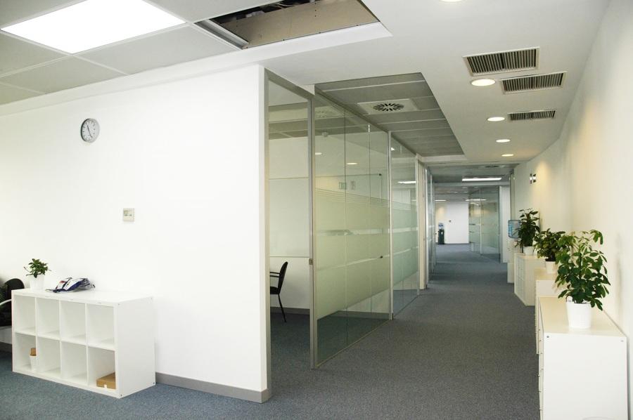 oficinas en tres cantos madrid ideas reformas oficinas On oficina kutxabank tres cantos