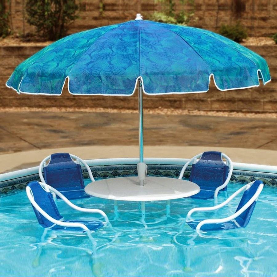 Colchonetas y juegos acu ticos para divertirte en la for Sombrillas para piscinas