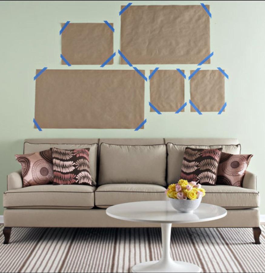 Consejos para colgar cuadros sin equivocarte ideas for Cuadros de pared grandes