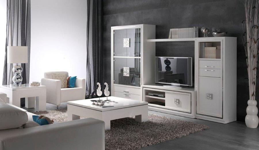 Consejos para amueblar un piso nuevo ideas mantenimiento for Modernizar salon muebles clasicos