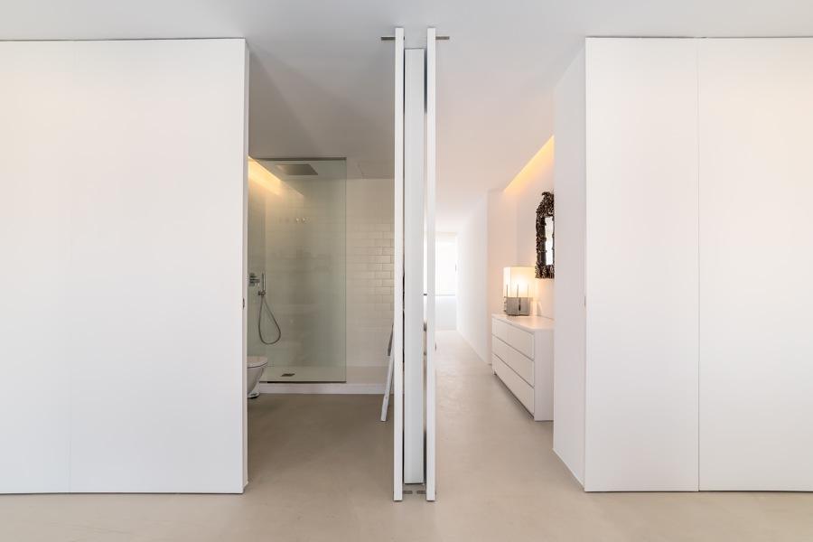 Comunicación Baño - Dormitorio