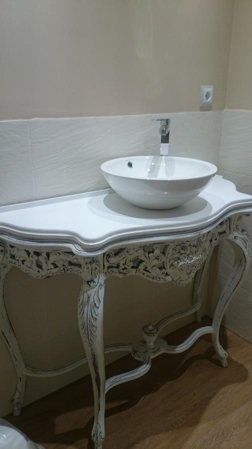 Consola restaurada - lavabo
