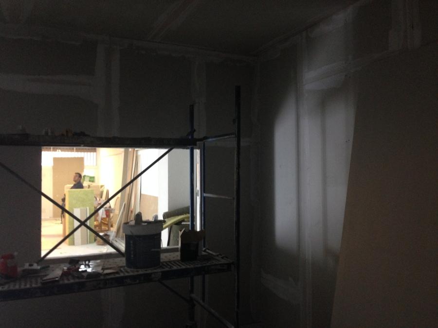 Construcció sala de locución. Vista 1