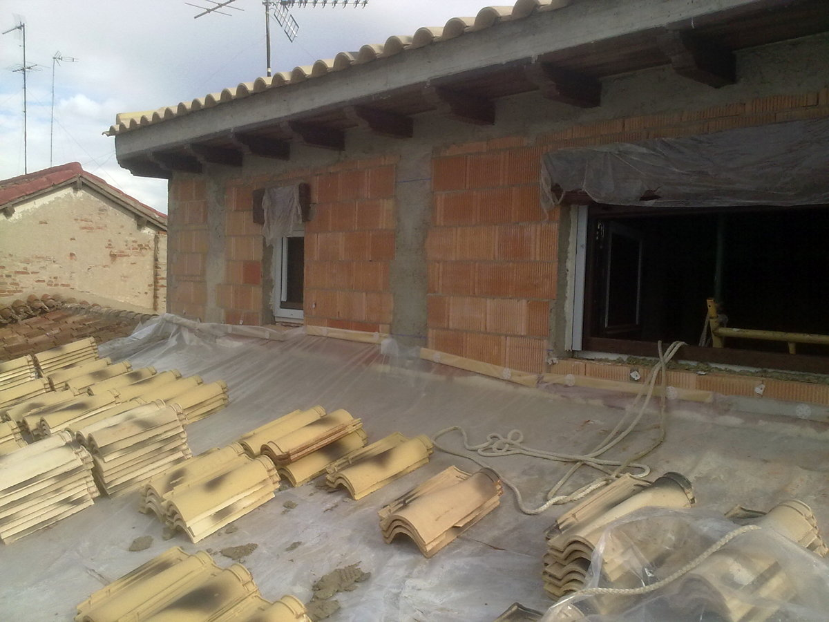 Vivienda eficiente en valdepe as cr ideas construcci n for Construccion casas