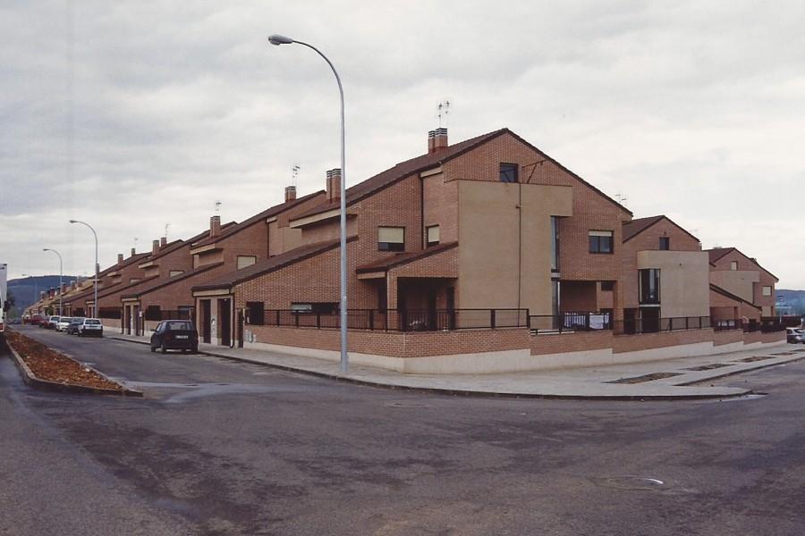 Construcci n de 22 chalets pareados ideas arquitectos - Proyectos de chalets ...