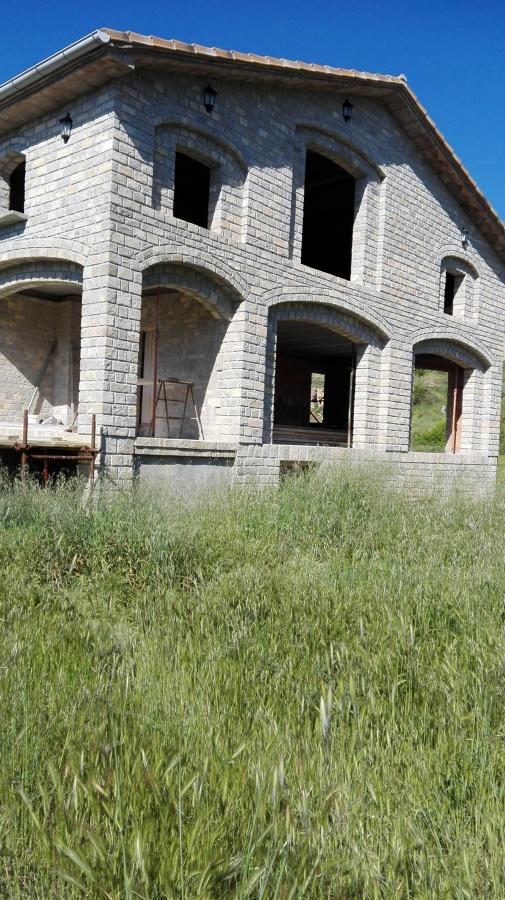 Foto construccion de casa rustica en piedra natural de am multiserveis 1191663 habitissimo - Construccion casa de piedra ...