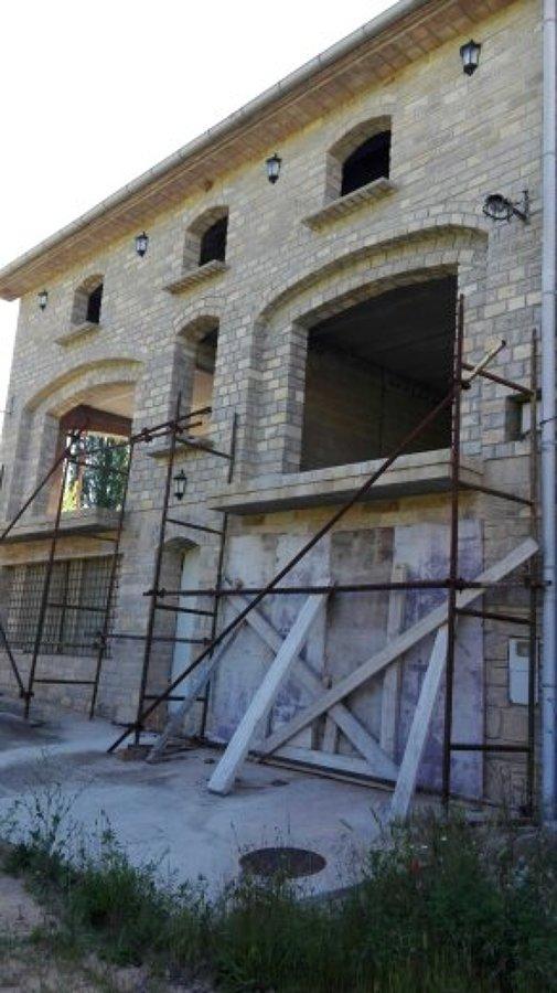Construcci n de casa r stica en piedra natural ideas - Construccion casas rusticas ...