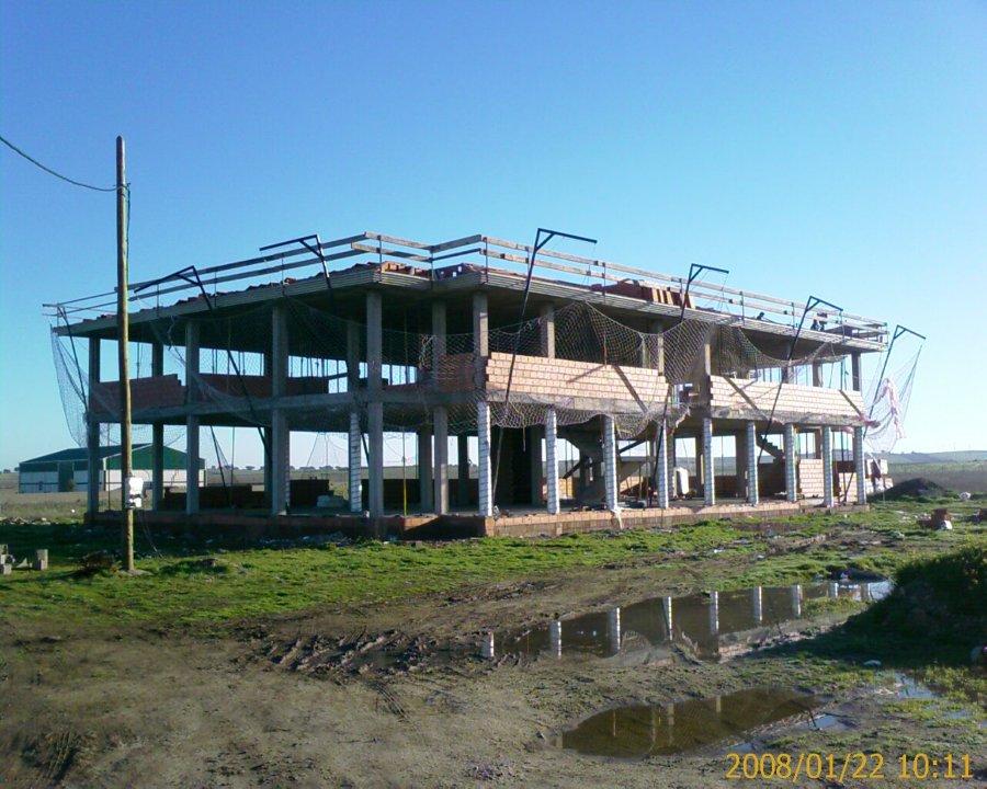Construcción de cerramientos del edificio
