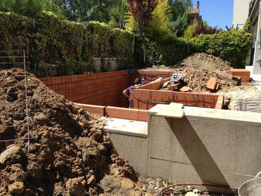 Foto construcci n de piscina de ardigral 538513 for Construccion piscinas valencia