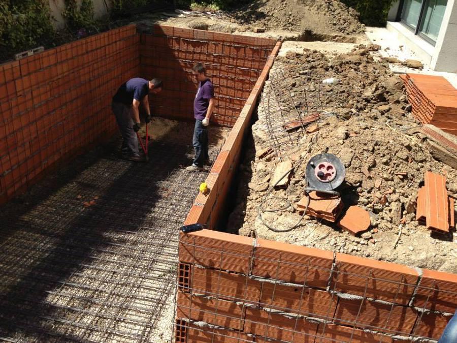 Foto construcci n de piscina de ardigral 538516 for Construccion piscinas valencia