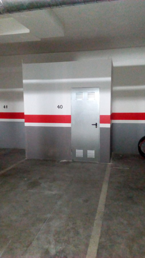 Construcción de trastero de pladur en plaza de garage